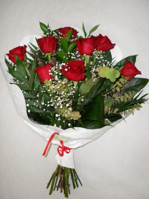 8 rosas