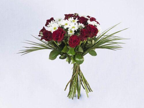 Ramo de flores variadas 25